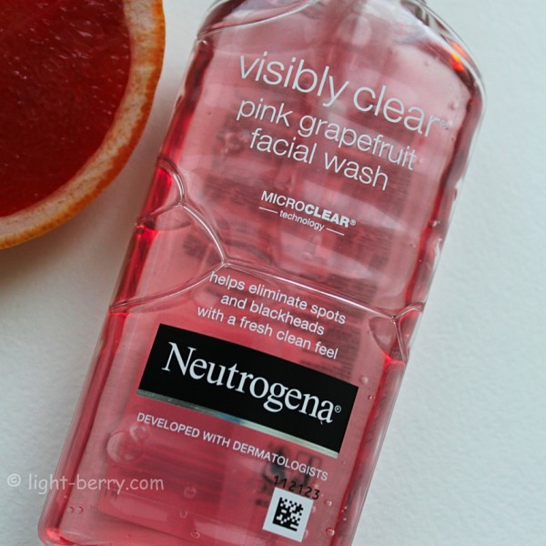Neutrogena Visibly Clear Pink Grapefruit Wash review